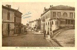 VERFEIL Hôtel De Ville - Verfeil
