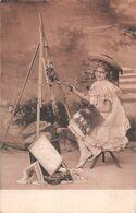 Petite Fille Peintre - Peint Des Fleurs - Chevalet - Tableau - Peinture - Scenes & Landscapes