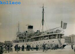 LE PAQUEBOT AMPERE DANS LE VIEUX PORT DE MARSEILLE BATEAU A VAPEUR BOAT SHIP - Barche