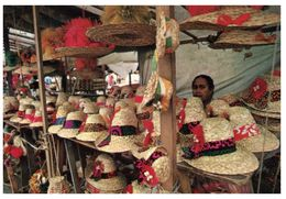 (F 22) Fiji Market (hat Seller) - Fidschi
