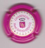 Capsule Champagne DAVID-HEUCQ Henri ( 95a ; Estampée Contour Rose ) {S31-20} - Non Classés