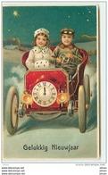 N°10194 - Carte Fantaisie Gaufrée - Gelukkig Nieuwjaar - Horloge - Enfants Dans Une Automobile - Neujahr