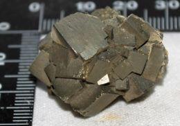 M 33 - PIRITE Xx CUBICI - GAVORRANO - Minerals