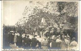 CPA PHOTO LEGENDEE . VISITE DU PRESIDENT DE LA REPUBLIQUE AU MONUMENT AUS MORTS . 1920 - Bauwerke, Gebäude