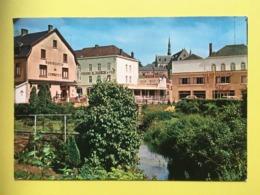 """Ciney - Quartier De La Gare Avec Commerces Et Ruisseau """"le Leignon"""" ( CP Non Circulé) - Ciney"""