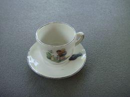 Dinette Tasse  Enfants Et Le Chat Porcelaine - Oud Speelgoed