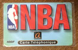 BASKET NBA LE LOGO A TELECOM CARTE PREPAYÉE À CODE NSB PHONECARD CARD QUE POUR LA COLLECTION PREPAID - Sport
