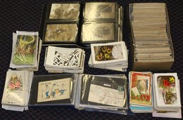 MISCELLANEOUS ACCUMULATION In Carton Incl. Two Small Albums Containing A Useful Range Of French WWI Patriotic Types & Ea - Cartes Postales