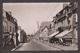 CPSM PONTORSON-Rue Du Couesnon-Animée- - Pontorson