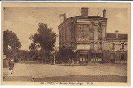 TOUL (54) - Avenue Victor Hugo (publicité Autos LA BUIRE, Bière TOURTEL) - Toul