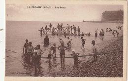 76 Fecamp. Lot De 2 Cartes. La Plage Et Les Bains - Fécamp
