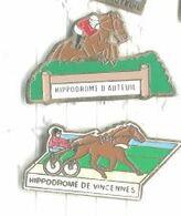 Hippodrome Auteuil Et Vincennes Lot 2 Pins - Pin's