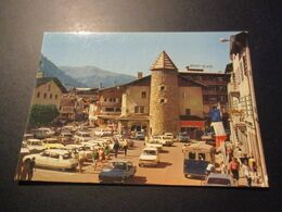CP Megève - Centre De La Station - ( Voitures Années 70 - Citroen DS, HY Ami6 - Peugeot Renault ...) - Megève