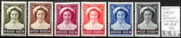 NB - [847212]TB//*/Mh-c:32e-Belgique 1953 - N° 212/17, Reine Infirmière, Sc */mh Propre, Familles Royales - Unused Stamps