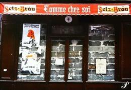 Café Comme Chez Soi  Café Fermé Muré  Jacques Chirac  RPR Affiche - Ereignisse