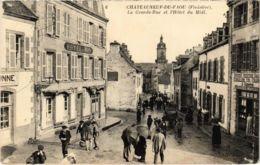 CPA Chateauneuf-du-Faou - Le Grande-Rue Et L'Hotel Du Midi (1033077) - Châteauneuf-du-Faou