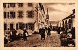 CPA Landivisiau - La Rue La Tour-d'Auvergne (1033260) - Landivisiau