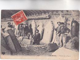 """CPA - 63 - VOLV IC - TAILLE De La LAVE, Très Beau Plan De Tailleurs De Pierre Série """"L' Auvergne Pittoresque"""" 1908 - Other"""