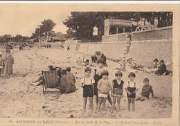 ANDERNOS Les BAINS  Sur Les Bords De La Plage, La Jeunesse Insouciante - Andernos-les-Bains