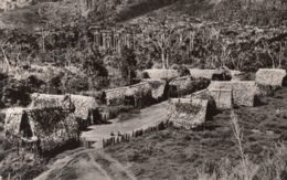 CPA - Village Des Montagnes - Papua-Neuguinea