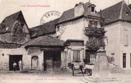 B70389 Cpa Salies De Béarn - Maison De Jeanne D'arc - Salies De Bearn