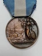 Medaglia D'onore Con Nastrino Per Lunga Navigazione Compiuta     MILITARE   MEDAGLIA  MED - Navy