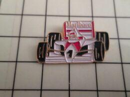 717 Pins Pin's / Rare & Belle Qualité THEME AUTOMOBILES / F1 FORMULE 1 MARLBORO - F1