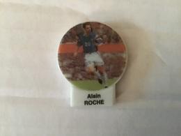 Fève F.F.F LES ROI DU MONDIAL Coupe Du Monde Football 1998 ALAIN ROCHE Footballeur - Sport