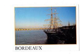 Cpm - 33 - BORDEAUX - Le Trois Mats - Le Belem - Coucher De Soleil Pont De Pierre BX 12 HARMONIE  - 1989 - Voiliers