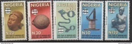 Nigeria 2010 Hologramm Hologram Hologrammes Definitives 2000 Years Of Nigerian Arts Sculpture Kunst 5 Val. - Nigeria (1961-...)