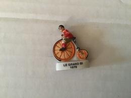 Fève Brillante Ancienne Série CYCLISME  / Vélo /  ÉVOLUTION DE LA BICYCLETTE  Le Grand Bi 1870 - Sport