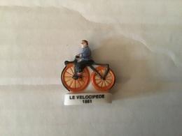 Fève Brillante Ancienne Série CYCLISME  / Vélo /  ÉVOLUTION DE LA BICYCLETTE  Le  Vélocipède 1861 - Sport