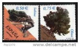 ESPAÑA 2002 - ARBOLES - Edifil Nº 3867-3868 - Yvert 3432-3433 - 1931-Heute: 2. Rep. - ... Juan Carlos I