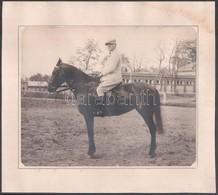 Cca 1930 Lovas Portré, Kartonra Ragasztott Fotó, Jobb Alsó Sarkában Szárazpecsét, 18x22,5 Cm - Other Collections