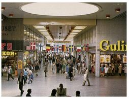 (G 10) Sweden - Göteborg Shopping Centre - Magasins