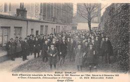 """PARIS  -  Ecole D'Electricité Industrielle """" CHARLIAT """" 53 Rue BELLIARD  -  Groupe D'Elèves - Distretto: 18"""