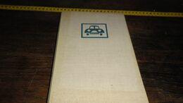 VERZORG U AUTO _ ANNO 1961 _ MET AFBEELDINGEN !!   _____ BOX : J - Voitures