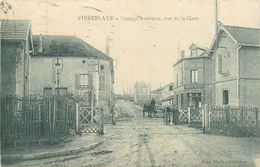 95 PIERRELAYE - PASSAGE A NIVEAU RUE DE LA GARE - Pierrelaye