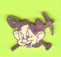 Pin's Disney Nain Simplet (Blanche-Neige) - 10QQ23 - Disney