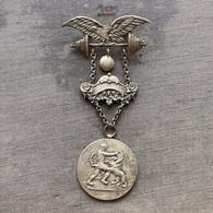 Badge ZN009360 Weightlifting Wrestling Athletics Gymnastics Austria Österreichischen Arbeiter-Athleten-Bund 1911 1926 - Halterofilia