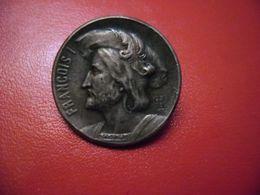 ANCIEN BOUTON EN MÉTAL ARGENTÉ A DÉCOR DE FRANCOIS 1er PAR LOUIS ARMAND RAULT 1847-1903 - Knopen