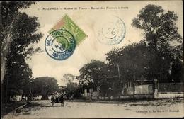 Cp Majunga Madagaskar, Avenue De France, Bureau Des Finances à Droite - Sonstige