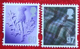 60p + 97p Distel Tartan Scotland (Mi 109-110) 2010 POSTFRIS MNH ** ENGLAND GRANDE-BRETAGNE GB GREAT BRITAIN - Regionali