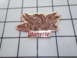 1420 Pin's Pins / Beau Et Rare / THEME : ALIMENTATION / PAIN BAGUETTE BANETTE - Lebensmittel