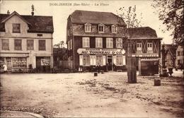 Cp Dorlisheim Elsaß Bas Rhin, La Place, Brasserie Restaurant Au Tonneau D'or, Markt - France