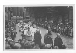 Maastricht - Fotokaart - Vrijthof - Stoet - 1930 - Maastricht