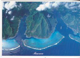 Tahiti - Vue Aérienne Enlacé Par La Baie De Cook Et D'Opunohu - Tahiti
