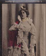 CAVALIERI. ARTISTE FEMME. COLORISE. CARTE DE COLLECTION, CIGARE. MONTEVIDEO CIRCA 1915. PETITE TAILLE -LILHU - Cigarette Cards
