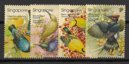 Singapore - 2002 - N°Yv. 1118 à 1121 - Faune / Oiseaux / Birds - Neuf Luxe ** / MNH / Postfrisch - Singapur (1959-...)