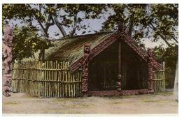 (G 14) New Zealand (older) Maori House - Nouvelle-Zélande